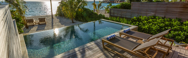 Hurawalhi Beach Pool Villa Terasse
