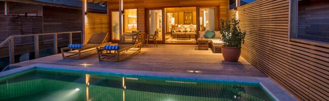 Hurawalhi Ocean Pool Villa Pool